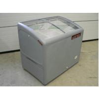 Käytetty jäätelöpakastin AHT AT200